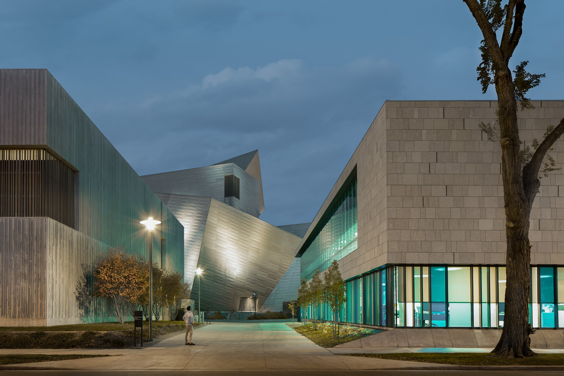 ROTH SHEPPARD ARCHITECTS_DENVER ART MUSEUM ADMINISTRATION