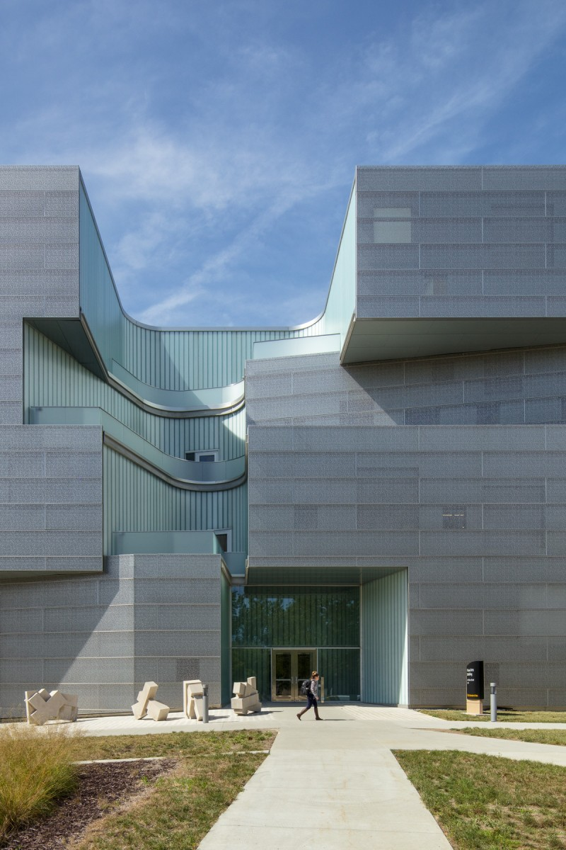Visual Arts Building at the University of Iowa_ Steven Holl Architects