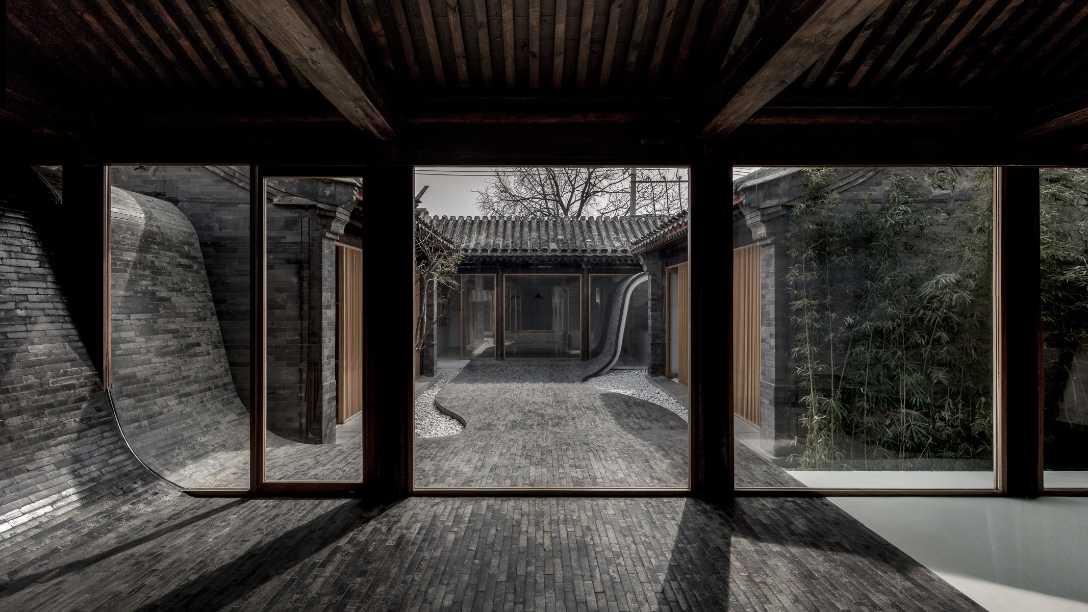 Twisting Courtyard_ARCHSTUDIO