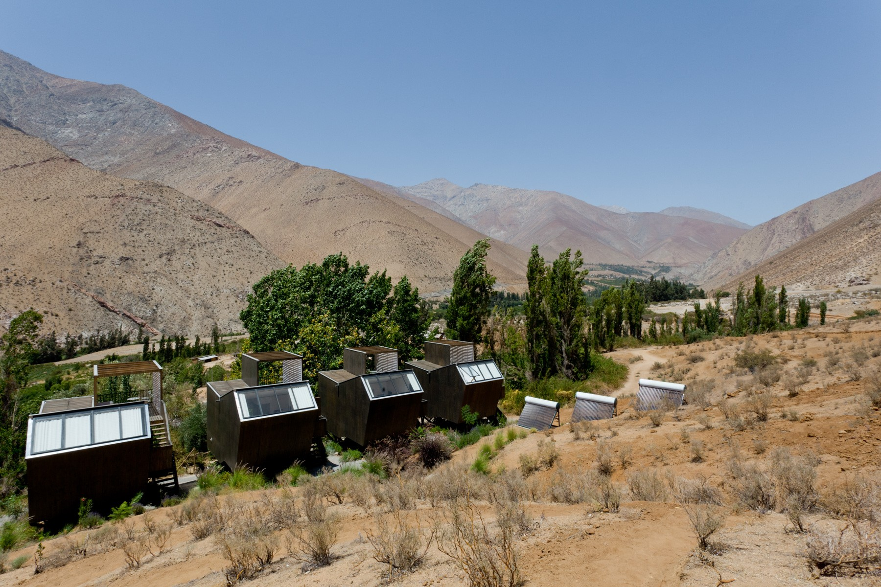 Elqui Domos Hotel Cabins and valley