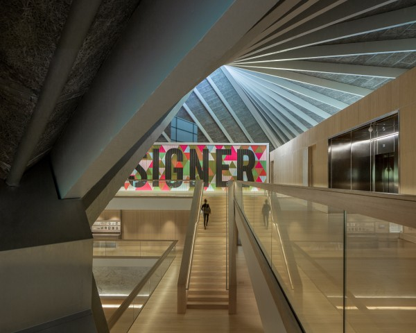 The Design Museum of London_OMA + Allies and Morrison_10.jpg